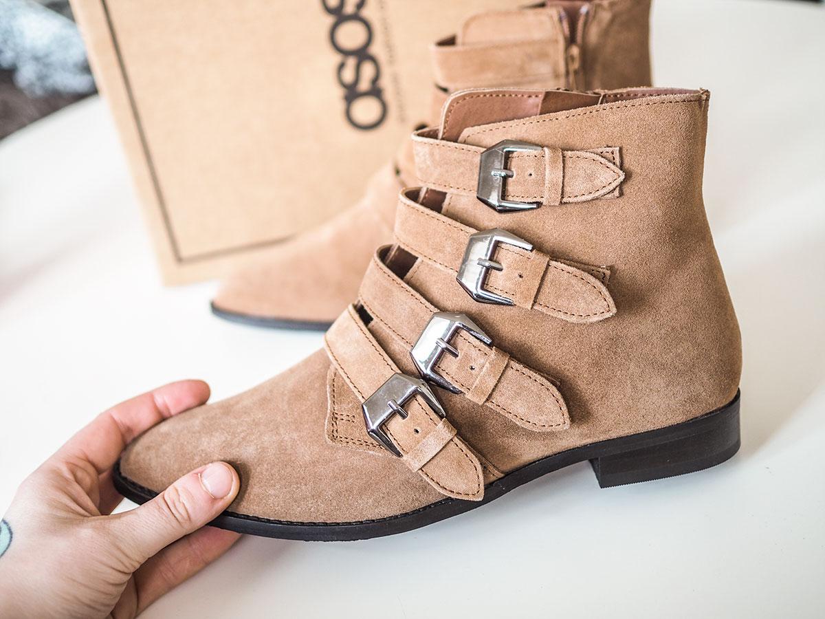 83666e34 ... sko, og det har jeg egentlig aldri hatt før – for det har vært så  begrenset hva jeg har orka å ta sjansen på av type sko tidligere. Vær så  god! Hugs.